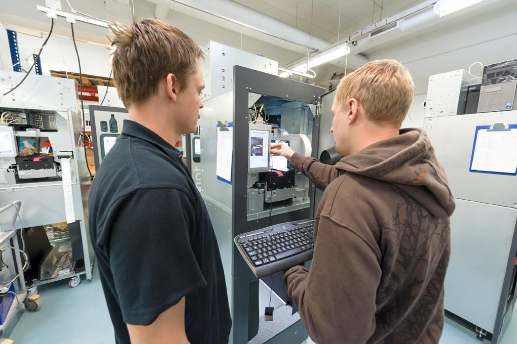 RVM Systems tillförlitlig och snabb service och underhåll över hela landet